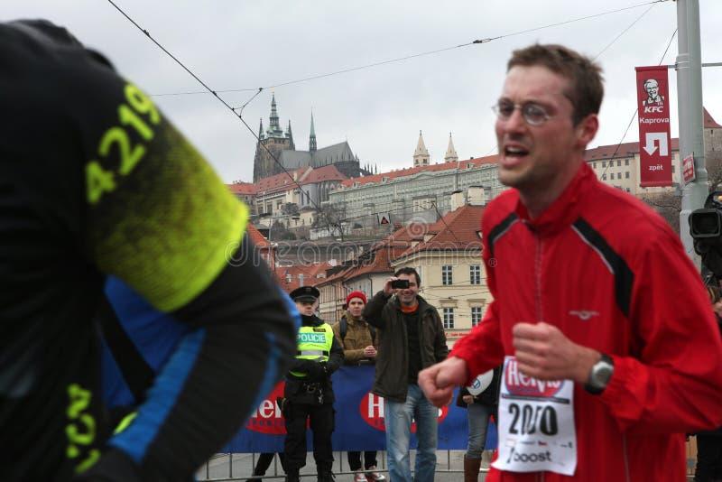Maraton i Prague, Tjeckien arkivbild
