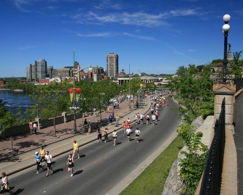 Maratona attraverso due province fotografie stock libere da diritti