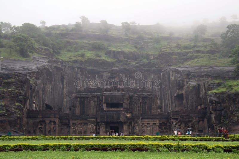 A maravilha de Kailasa de cavernas de Ellora, o rocha-corte t monolítico imagens de stock
