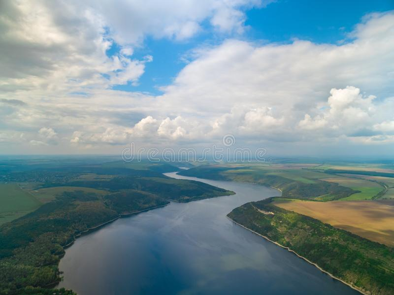 Maravilhas de Ucrânia, tiro aéreo da alta altitude do rio Dniester imagem de stock royalty free