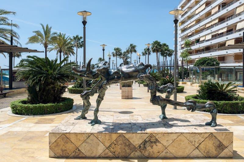 MARBELLA, ANDALUCIA/SPAIN - 23 MAI : Statue cosmique d'éléphant par S photographie stock libre de droits