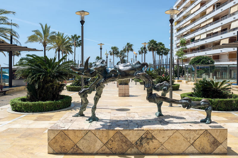 MARBELLA, ANDALUCIA/SPAIN - MAY 23 : Cosmic Elephant Statue by S royalty free stock photography