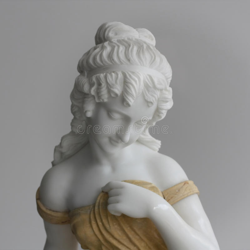 Free Marble Statue Royalty Free Stock Photography - 17419727