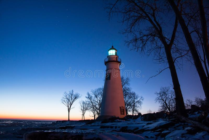 Marblehead灯塔在俄亥俄在冬天 免版税库存图片