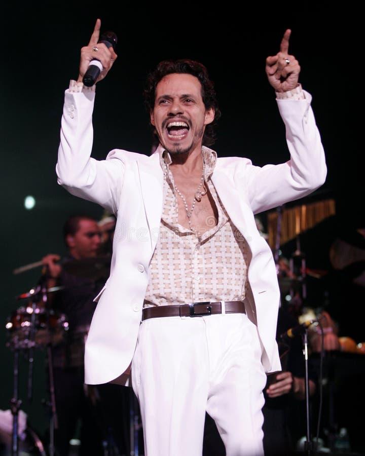 Marc Anthony führt im Konzert durch lizenzfreies stockbild