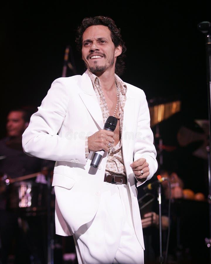 Marc Anthony führt im Konzert durch lizenzfreie stockbilder