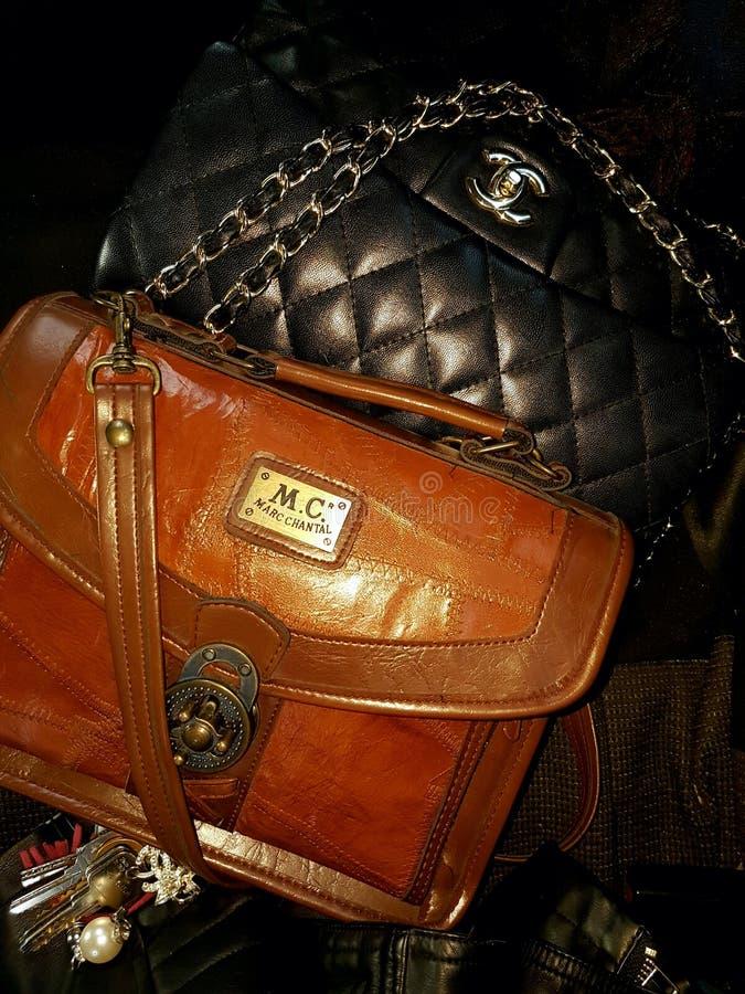 Marc Chantal gegen Chanel lizenzfreies stockfoto