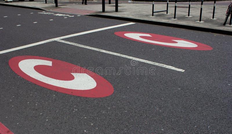 Marcações de estrada de advertência da congestão imagens de stock royalty free