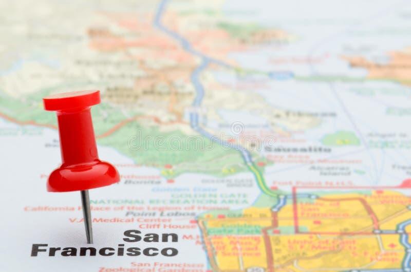 Marca roja San Francisco del pasador en correspondencia imágenes de archivo libres de regalías