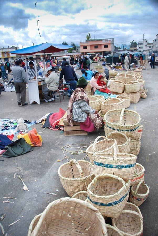 Marché équatorien intérieur photographie stock