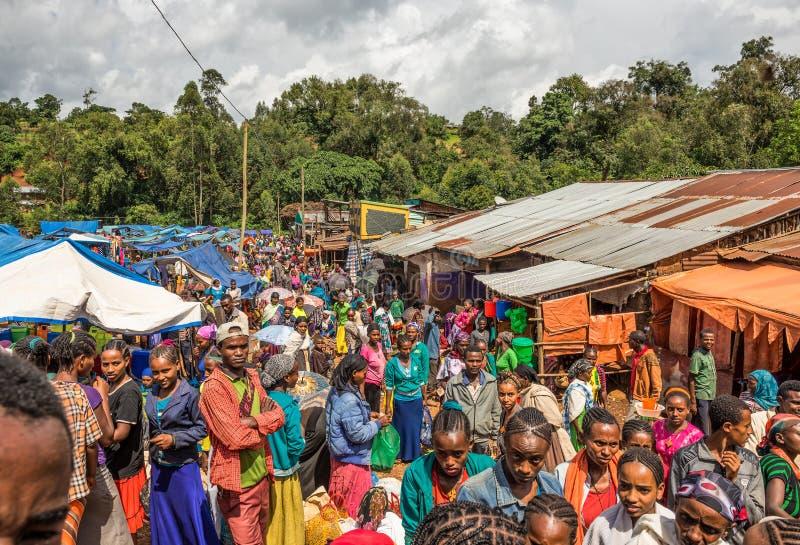 Marché africain populaire et serré dans Jimma, Ethiopie photo libre de droits