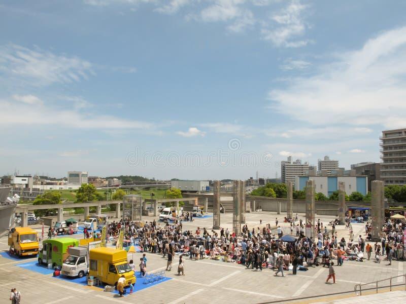 Marché aux puces chez Nissan Stadium à Shin-Yokohama, Japon image stock