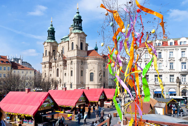 marché célèbre de Pâques, vieille place, Prague, République Tchèque photos libres de droits