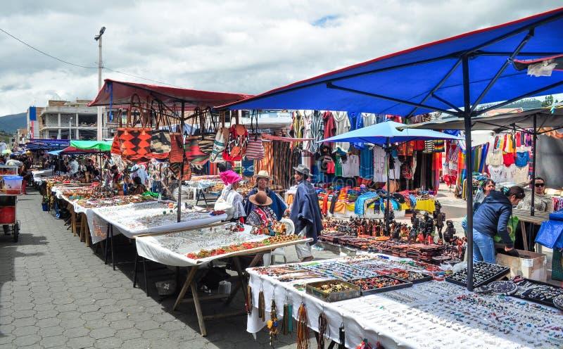Marché d'Otavalo images libres de droits