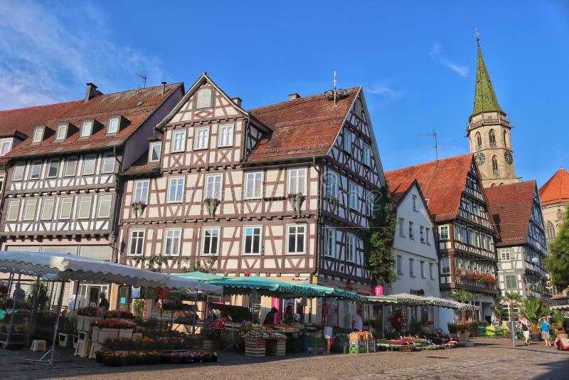 Marché dans la ville historique Schorndorf, Allemagne image libre de droits