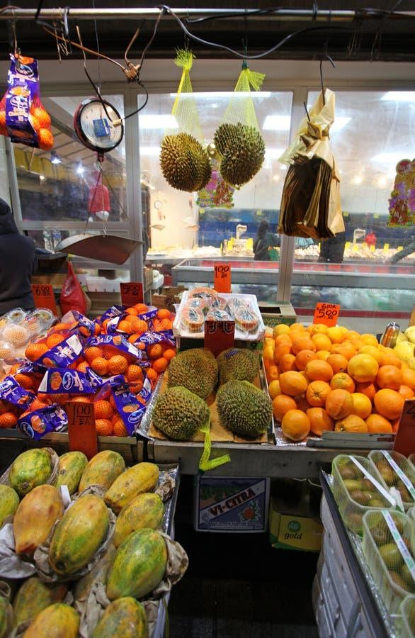Marché de fruit de ville de la Chine, NYC, Etats-Unis photos stock