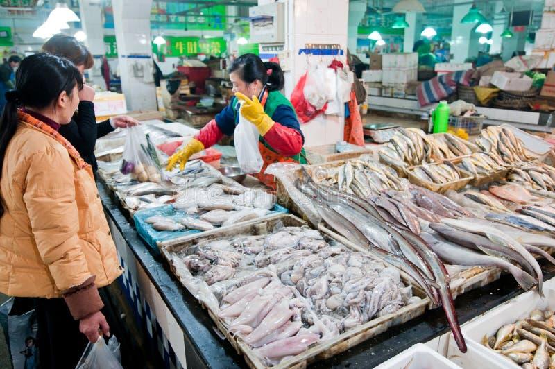 Marché de nourriture à Changhaï photos libres de droits