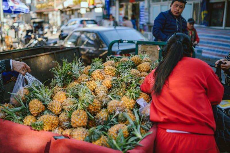 Marché de nourriture de rue sur Pékin, Chine photos libres de droits