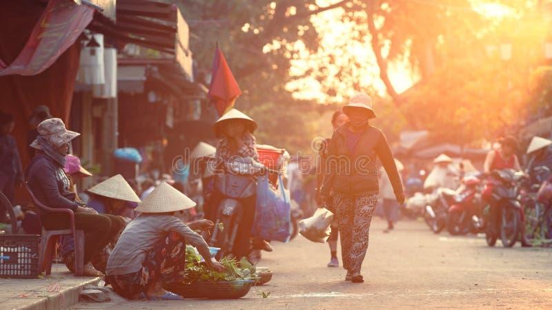 Marché en Hoi An dans le matin photographie stock