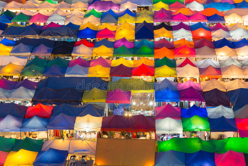 Marché gratuit de couleur de vue aérienne de nuit multiple de ville photos libres de droits
