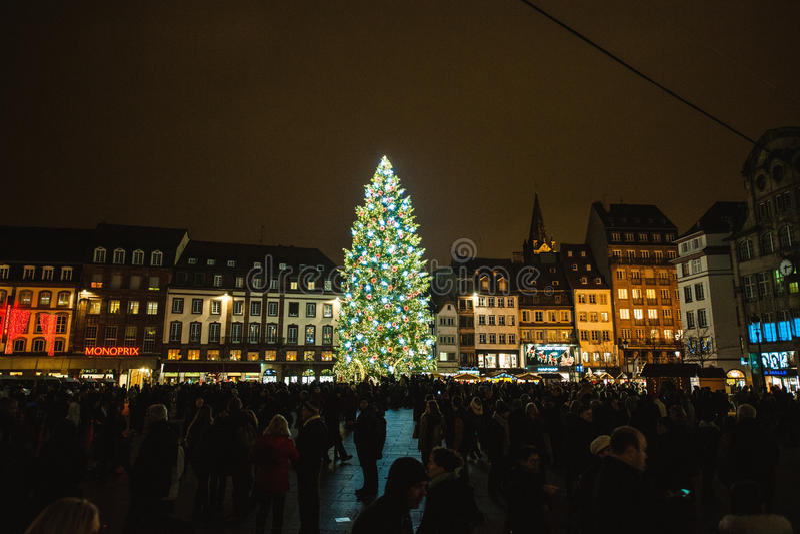 Marché traditionnel de Noël dans les Frances historiques de Strasbourg image stock
