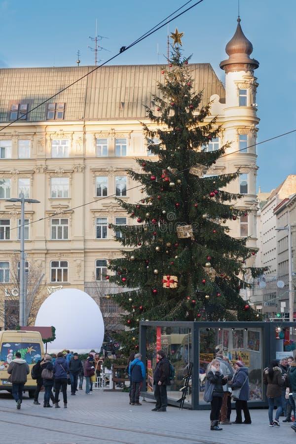 Marchés de Noël sur Liberty Square à Brno photos stock