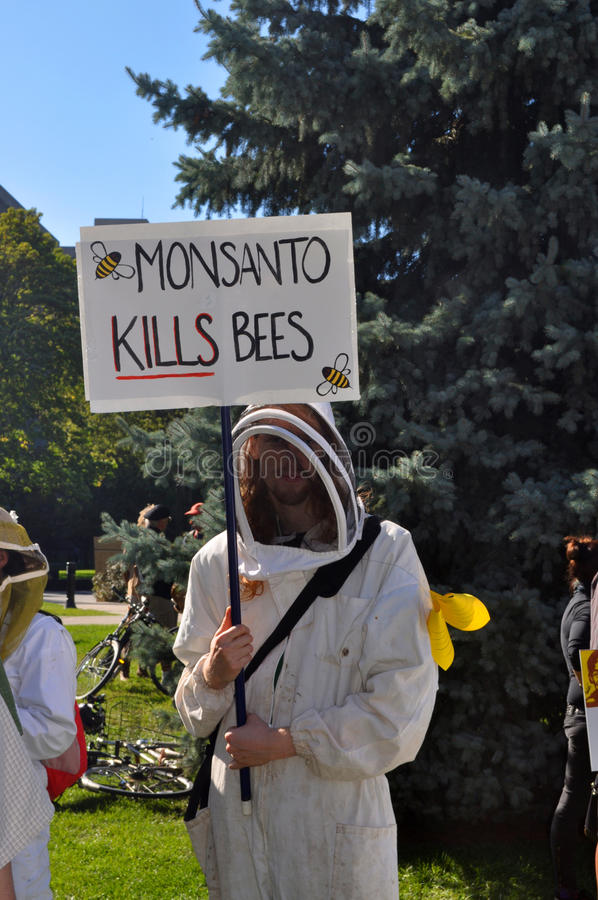 Download March Against Monsanto, Toronto Editorial Image - Image: 34355825