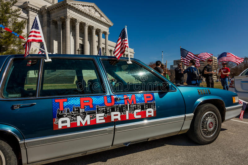 MARCH 4, 2017 - JEFFERSON CITY - TRUMP AMERICA CAR SIGN shows President Trump Supporters At Rally, Jefferson City, State Capitol o. F Missouri stock photo