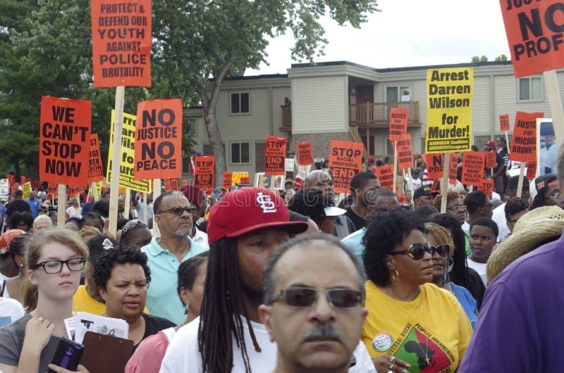 Marcha de paz para Michael Brown foto de archivo