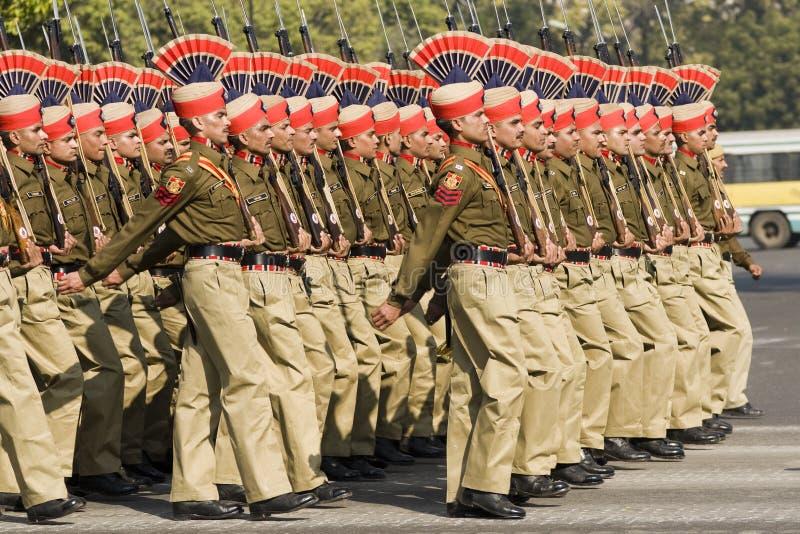 Marcha dos soldados imagens de stock royalty free