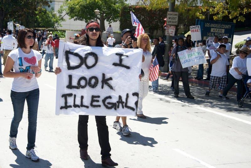 Marche d'immigration images libres de droits
