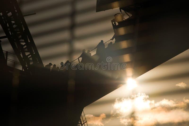 Marche de coucher du soleil de passerelle de port de Sydney photographie stock