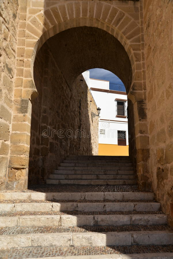 Marchena, Андалусия, Испания Строб Moorish к старому городку стоковое фото rf