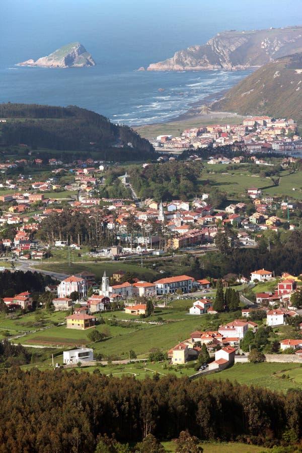 Marchez le village en Espagne photographie stock libre de droits