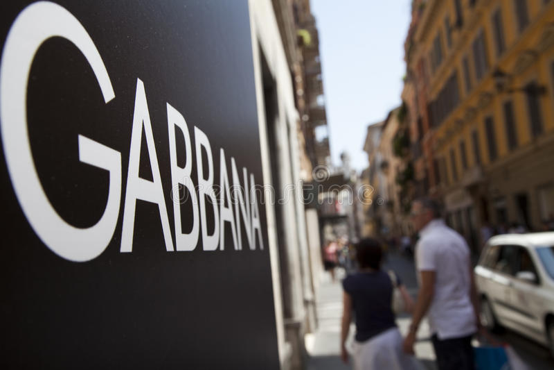 Download Marchio Di Marca Di Dolce&Gabbana Fotografia Stock Editoriale - Immagine di people, nantes: 21550378