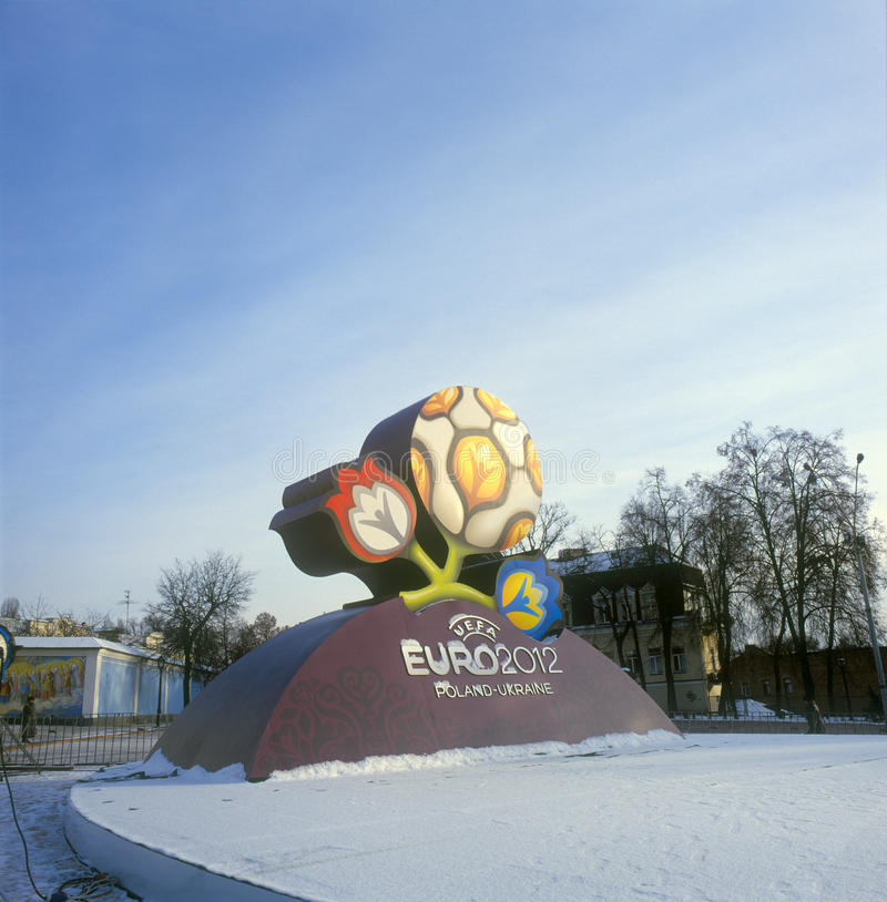 Marchio ufficiale per l'EURO 2012 dell'UEFA immagini stock libere da diritti