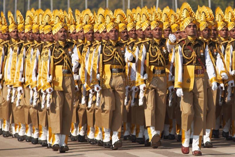 Marcia Colourful dei soldati fotografie stock libere da diritti