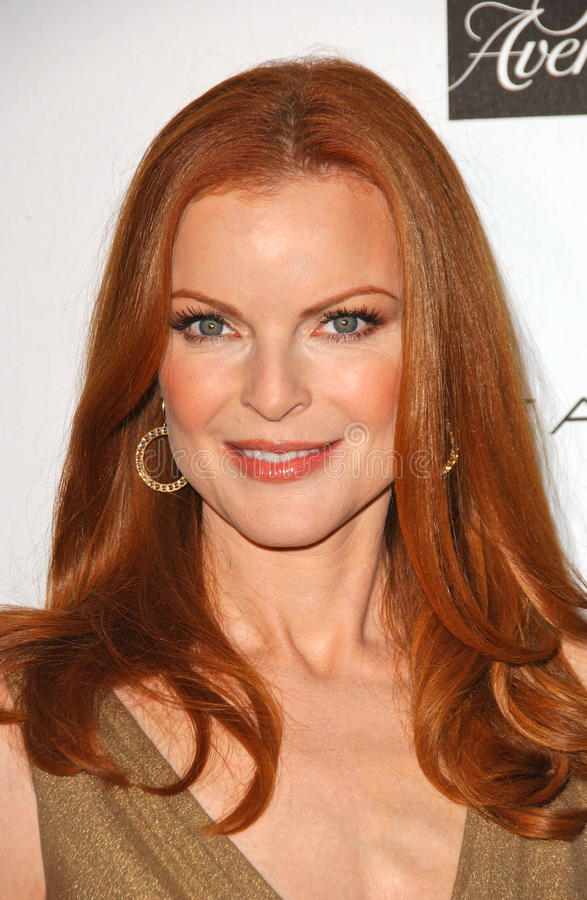 Download Marcia Cross editorial stock photo. Image of elie, boutique - 23944653