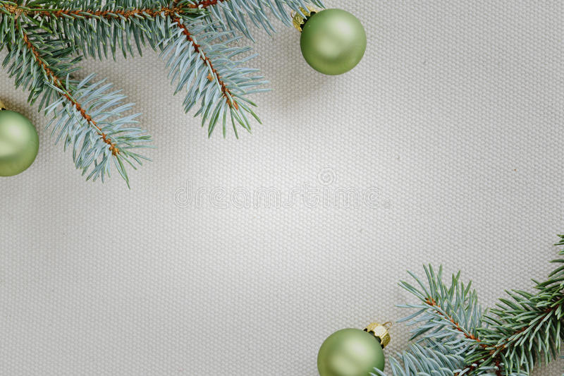 Marco con el árbol de navidad fotos de archivo