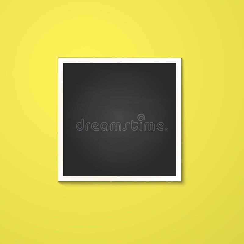 Marco cuadrado aislado en amarillo imagenes de archivo