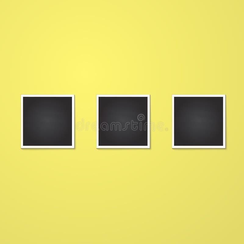 Marco cuadrado aislado en amarillo fotografía de archivo libre de regalías