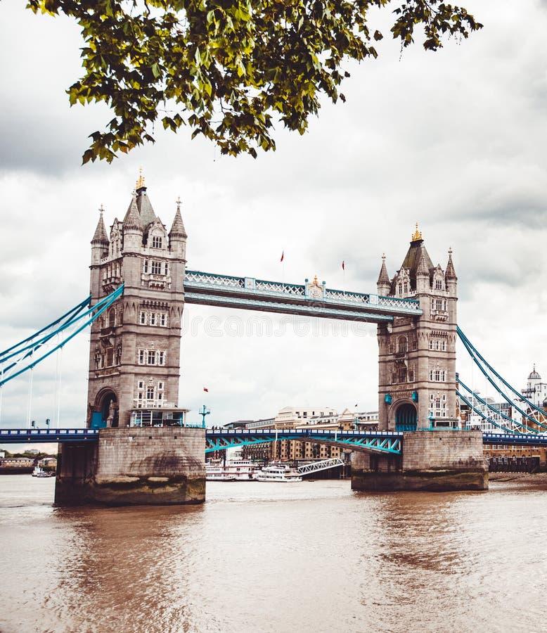 Marco da ponte da torre em Londres fotos de stock