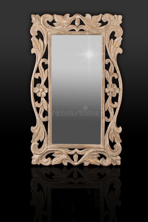 Marco de madera tallado handcrafted marco antiguo del for Espejo madera envejecida