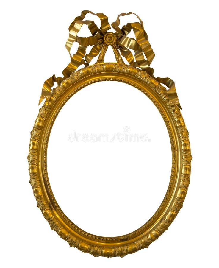Marco de oro oval antiguo aislado en blanco foto de archivo