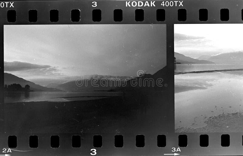 Marco de película, cámara análoga blanco y negro, lago de Como, Italia fotografía de archivo libre de regalías