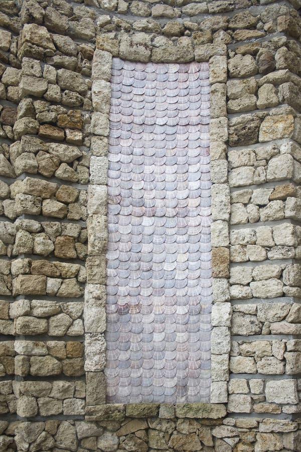 Marco de piedra del fondo con los shelles del mar fotografía de archivo libre de regalías