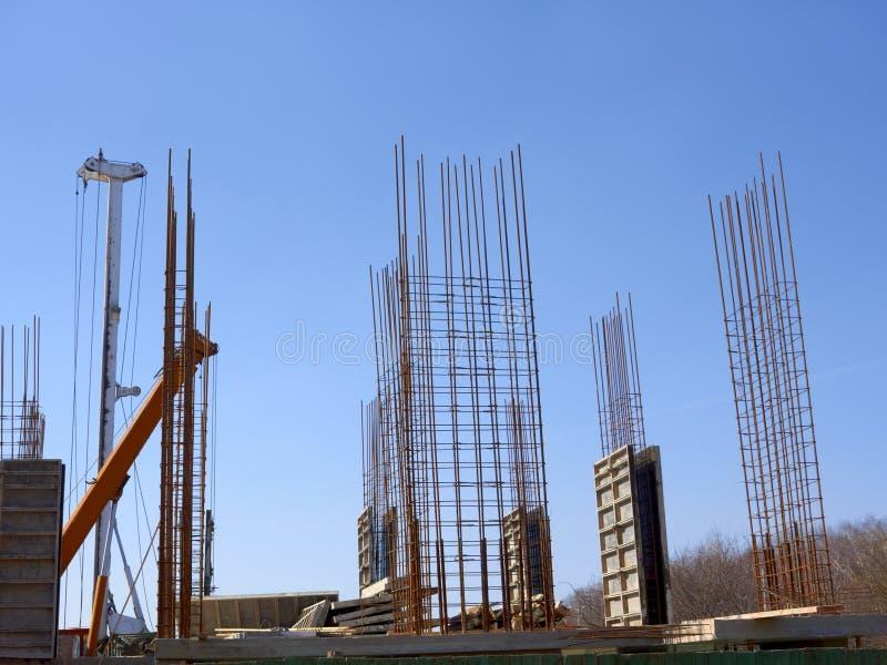 Marco monolítico concreto del nuevo edificio fotografía de archivo