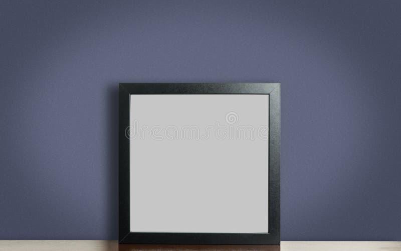 Marco negro grueso en blanco de la foto en púrpura fotos de archivo