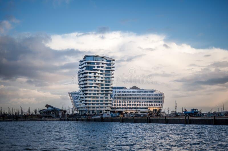 Marco Polo Unilever i wierza budynek w Hamburg fotografia royalty free