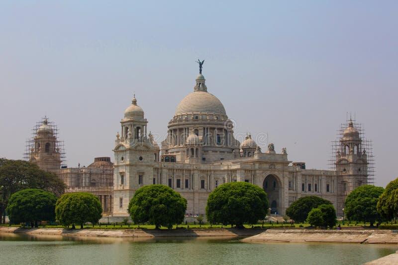 Marco que constrói Victoria Memorial em Kolkata ou em Calcutá, Indi fotografia de stock